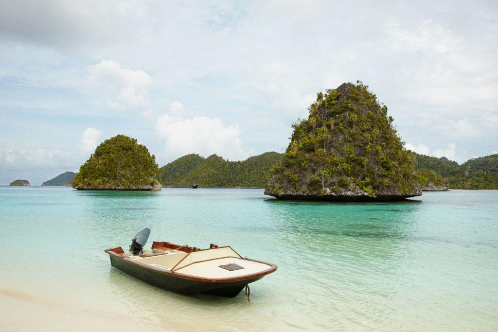 Amanikan, Indonesia