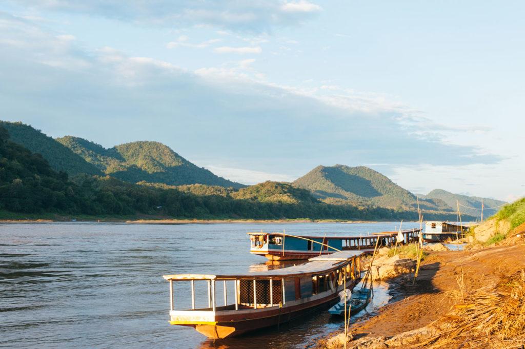 Amantaka, Laos